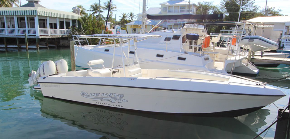 Marinas in marsh harbour abaco harbour view marina a for Paramount fishing boat